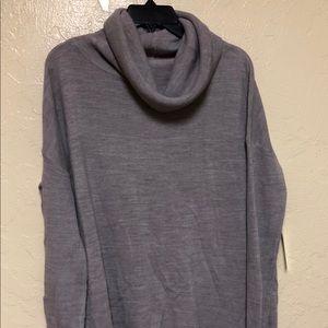 Sweet Romeo Tunic Sweater Size S